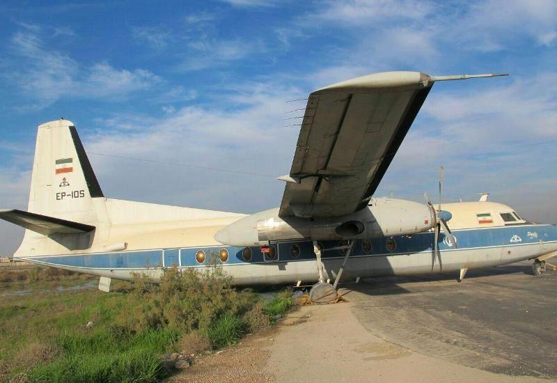 قديمي ترين هواپيماي نفت در اسكله،موزه آبادان فرود مي آيد