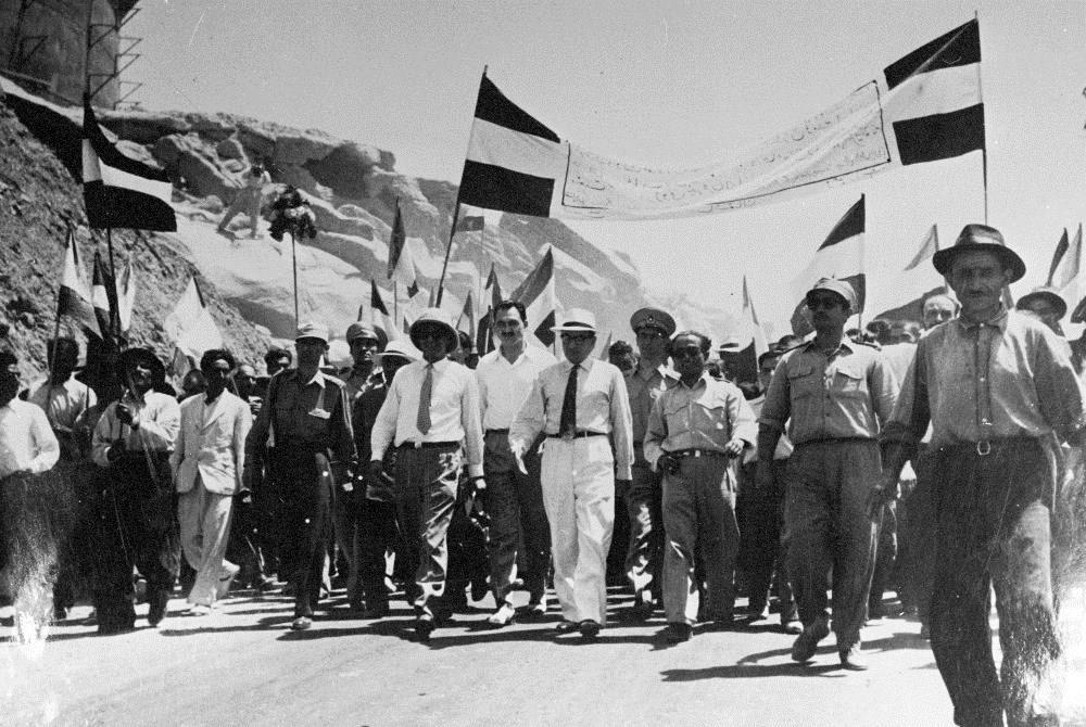تصاویر نوستالژیک از پالایشگاه نفت کرمانشاه در زمان ملی شدن صنعت نفت