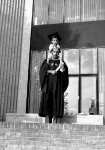 شهید تندگویان بعد از فارغ التحصیلی از دانشگاه