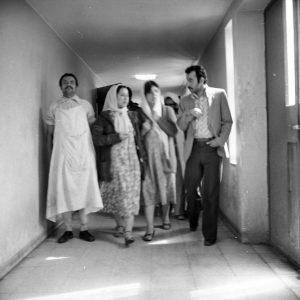 بازدید شهید محمد جواد تندگویان از بیمارستان روانی رازی امین آباد شهریور 1359- علی اکبر قدس
