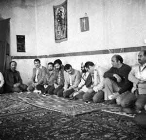 افتتاح لوله کشی گاز امین آباد توسط شهید محمد جواد تندگویان وزیرنفت- عکاس قدس