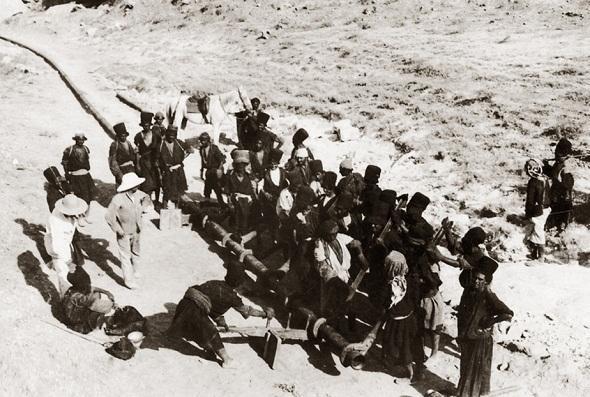 تصاویر : آلبوم دیده نشده از اولین اکتشافات نفت در ایران