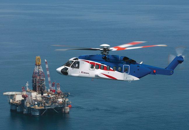 جستجو برای مفقودین حادثه سقوط بالگرد شرکت نفت فلات قاره ادامه دارد