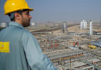 چشم انتظاری چند ساله کارکنان نفت در اجرای ماده ۱۰