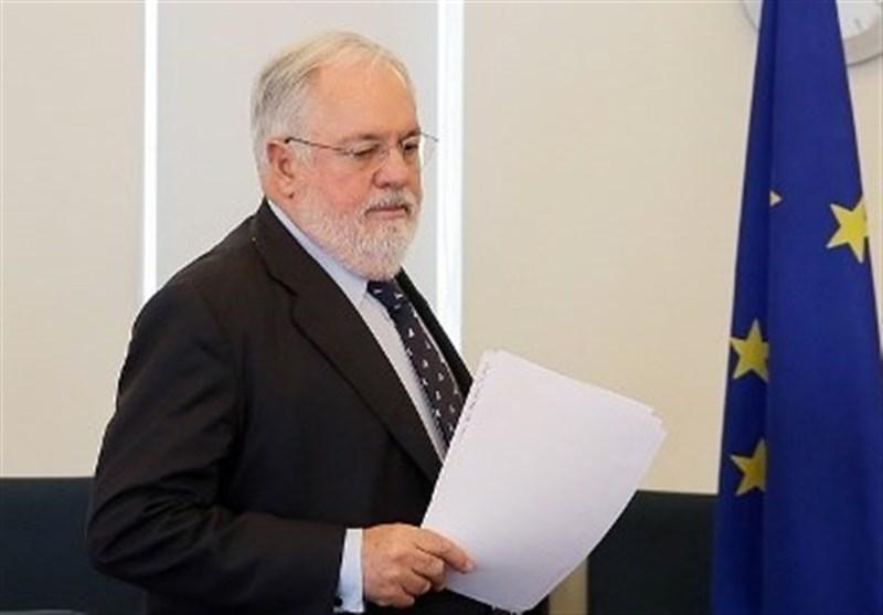 بررسی پیشنهاد انتقال مستقیم پول نفت ایران در دیدار کمیسیونر انرژی اروپا با زنگنه