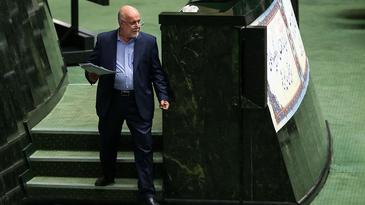 زنگنه وزیر نفت:پالایشگاه تهران مالک ندارد و متعلق به خداست