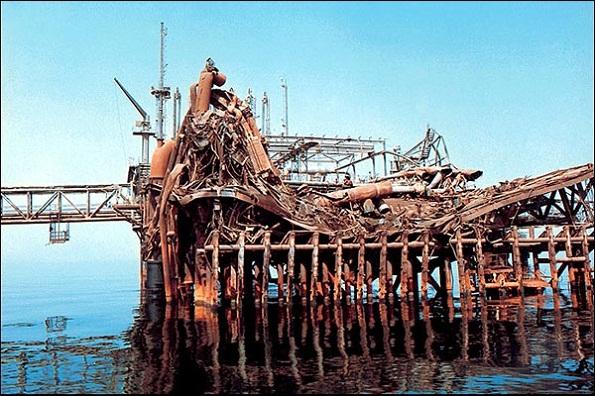 نتیجه تصویری برای حمله عراق جزیره خارک
