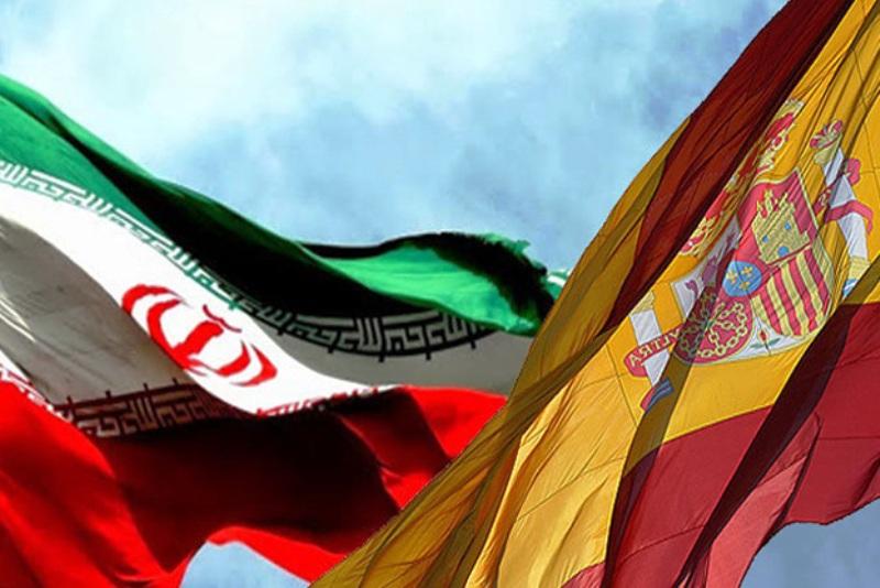 تحریمهای آمریکا به خودش مربوط است/ به فعالیتها در ایران ادامه میدهیم