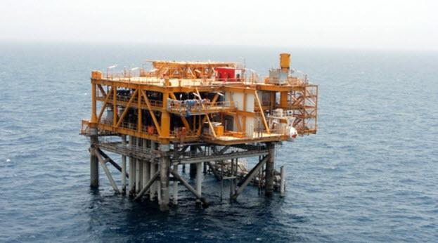 نتیجه تصویری برای سکوی نفتی رشادت