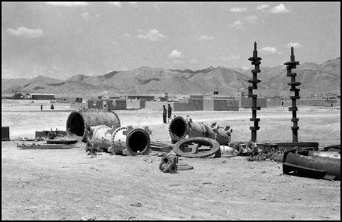 مورات- تجهیزات نفت در آغاجری